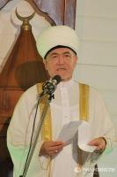 Муфтий считает, что мечетей не хватает, но строить их нужно по закону
