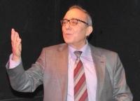Турецкий писатель Атаол Бехрамоглу обвинил премьер-министра Эрдогана в ненависти к Ататюрку и в любви к Нурси