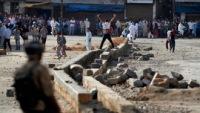 В Кашмире осквернение мечети спровоцировало беспорядки