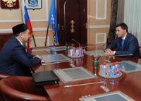 На встрече с Губернатором ЯНАО Кобылкиным муфтий от ЦДУМ Хафизов в очередной раз подтвердил, что он не представляет в регионе никого кроме своего «духовенства»