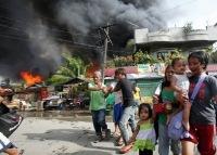 На Филиппинах по поселениям повстанцев-мусульман наносятся авиаудары