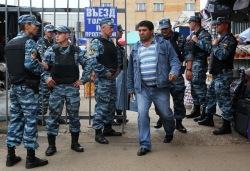 Московская милиция: в мечеть как на работу