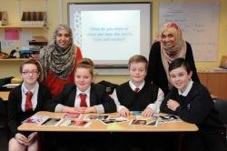 В ста школах мусульманки провели уроки об Исламе