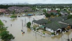 Более 60 тысяч человек эвакуированы в Малайзии из-за наводнений