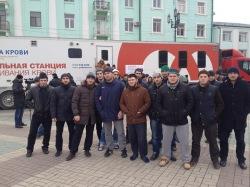 Студенты исламских вузов Дагестана сдают кровь для пострадавших в Волгограде