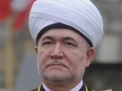 Совет муфтиев России просит сохранять спокойствие