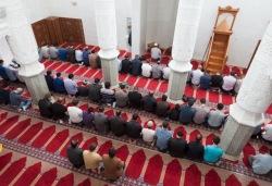 Московские имамы возмущены призывом искать в мечетях террористов