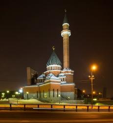 Мусульманские деятели Москвы: Не делайте из верующих террористов