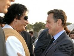 СМИ Франции обнародовали интервью Каддафи о связях с Саркози