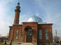 В Северной Осетии полицейские обыскали дом имама мечети города Беслан