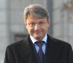 Губернатор - экстремист Ткачев уличен в деяниях по ст. 280 и ст. 282, за заявление, что он будет «выдавливать» с Кубани жителей Кавказа
