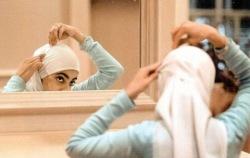 Русской мусульманке предложили уволиться из-за хиджаба