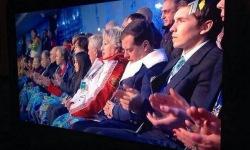 Дмитрий Медведев уснул на открытии Олимпиады