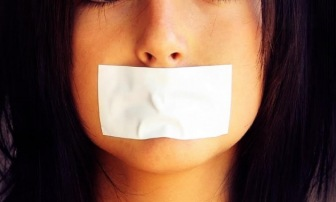 Журналистов КАВПОЛИТА обвиняют в продажности и негативизме