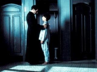 Папа Римский извинился за педофилов в рясах