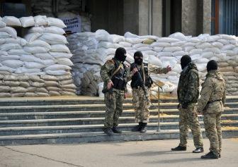 В Славянске и Краматорске банды боевиков начали враждовать между собой, используя оружие