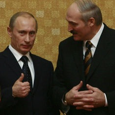 """Президент Белоруссии пообещал воевать со всеми, кто придет на территорию его страны, """"даже если это будет Путин"""""""