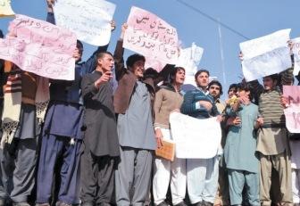 За атаку талибов наказывают мирных пакистанцев
