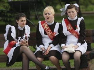 Россиянки теряют девственность еще в школе - РАМН