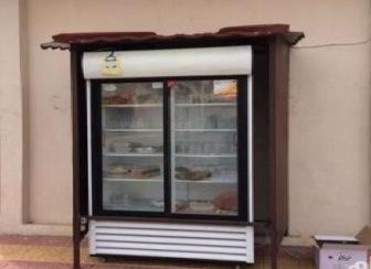 Житель Саудовской Аравии придумал оригинальный способ использования избытка пищи