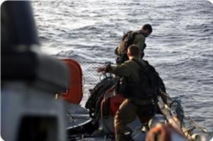 Евреи отбирают у рыбаков их лодки