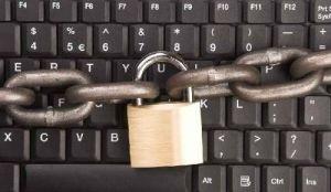 ФСБ получит логины и пароли россиян
