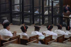 """Генпрокурор обжаловал смертные приговоры в отношении """"Братьев-мусульман"""""""