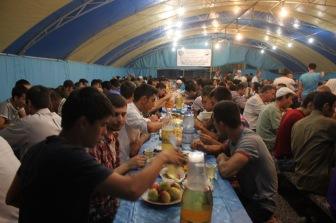 Турция проводит коллективные ифтары в Крыму