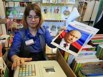 Страна в гипнозе - рейтинг Путина на максимуме, россияне довольны правительством, свободой и экономикой