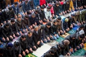 Наивные мусульмане Калининграда не знают, что Путинская государственная политика запрещает строительство мечетей?