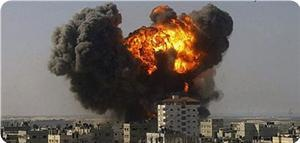 «Израиль» бомбит мечеть в Газе (Видео)