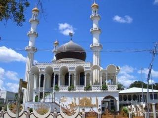 Индонезия. Лакомые острова и «Идуль Фитри»