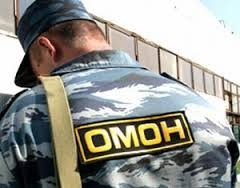 В Дагестане уволенный за намаз омоновец потребовал восстановить его на работе