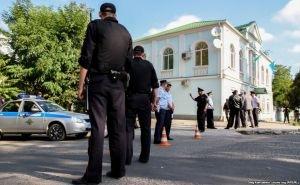 В офисе Меджлиса в Крыму с утра проводятся обыски
