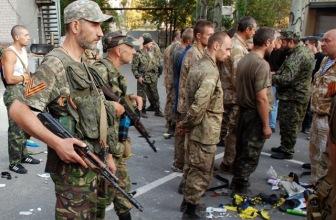 Президент Украины приехал с рабочим визитом в Донецкую область; «ополченцы» освободили первых военнопленных