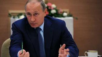Путин: тотального контроля над интернетом не будет