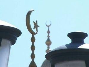 """Хабашиты из """"Таврического муфтията"""" хотят захватить все мечети в Крыму"""
