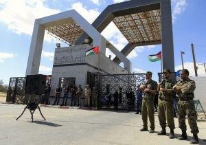 Египет на 2 дня открыл границу с сектором Газа