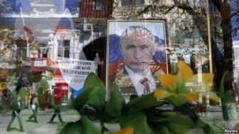 Крым в погоне за гривной и телевизорами