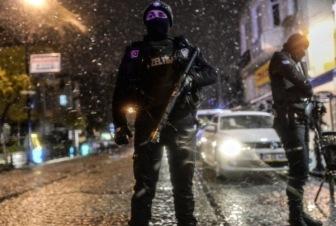 В центре Стамбула смертница взорвала полицейский участок