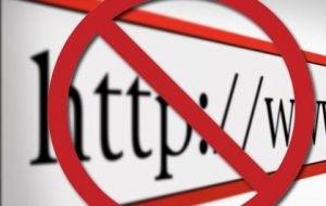 Роскомнадзор вынес предупреждение порталу за публикацию карикатур