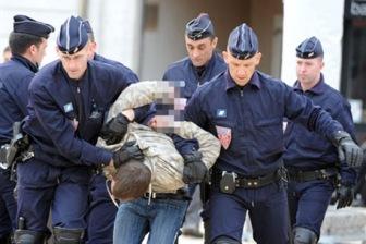 4 чеченцев задержаны во Франции по подозрению в подготовке теракта