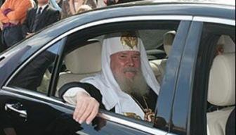 А мусульманам опять ничего... Глава РПЦ призвал Госдуму финансировать православные школы