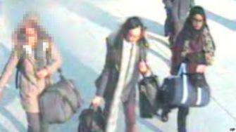"""Три школьницы сбежали из Лондона в """"Исламское Государство"""""""