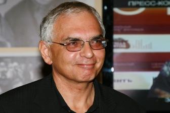 Карен Шахназаров предложил сделать выходным один из исламских праздников