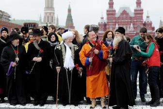 Минюст усиливает хватку на горле религиозных организаций