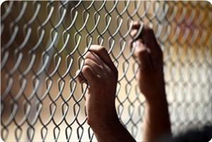 Последствия нападений на узников будут самые печальные, предупреждает ХАМАС сионистов