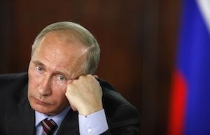 В Госдуме предложили ограничить право Путина на введение санкций