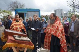 На участке, выделенной под московскую мечеть возводится православная церковь