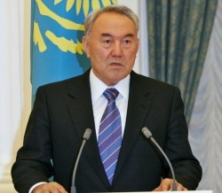 Кто бы сомневался! Назарбаев согласился участвовать в выборах президента Казахстана